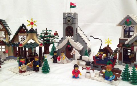 lego-winter-village-setup-2-by-mouseketeer11