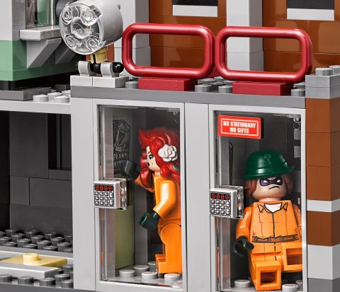 70912-lego-batman-movie-arkham-review-7