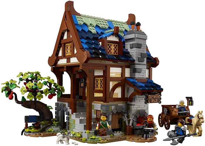 21325 LEGO Ideas Medieval Blacksmith 4