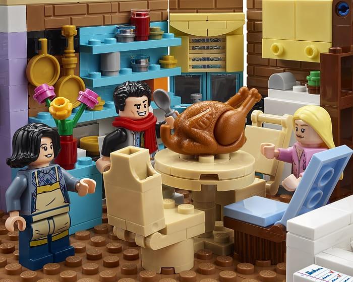 10292 LEGO Friends Apartments 7