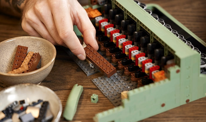 21327 LEGO Typewriter 13