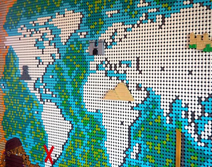 LEGO World Map Customization 11