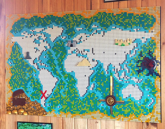 LEGO World Map Customization 9