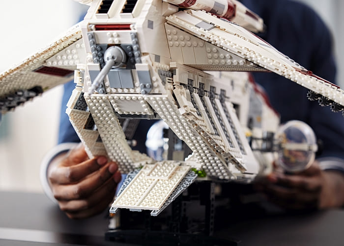 75309 LEGO Star Wars Republic Gunship 10