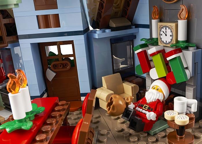 10293 LEGO Winter Village 12