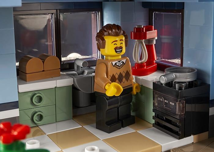 10293 LEGO Winter Village 6